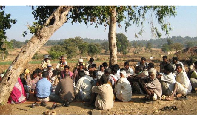 मानदेय के नाम पर आदिवासियों को आपस में लड़ाने की साजिश