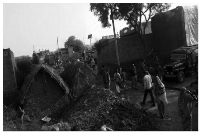 प्रधानमन्त्री आवास योजना की आड़ में सरकार ने ग़रीब बस्तियों पर ढाए क़हर