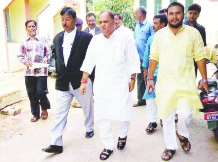 सी पी सिंह जी झारखंडी पत्रकार भाजपा के कर्मचारी नहीं
