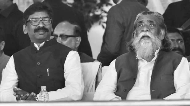 Jharkhand CM hemant soren : संकट के दौरान अपने नेतृत्व का लोहा मनवाया