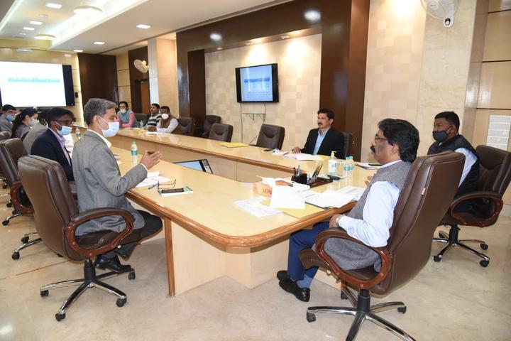 मुख्यमंत्री सुनिश्चित करना चाहते हैं, कन्यादान योजना का लाभ गरीब परिवारों के बेटियों को मिले